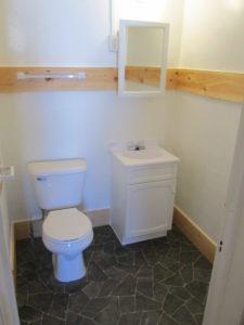 Williams Apartments #2 bathroom
