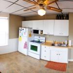2312 W 3rd St kitchen