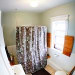 2312 W 3rd St bathroom