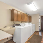 Driftwood Plaza Apartments laundry