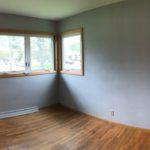 115 E Niagara St bedroom