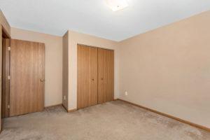 Woodhaven East Apartments bedroom