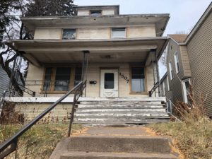 1507 E 3rd Street front