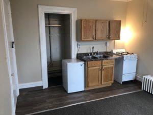 331 W 3rd St Kitchen