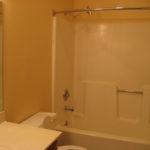Chester 1212 B2 Bathroom